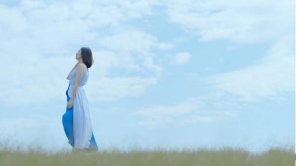 贾静雯怀孕拍广告